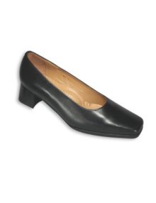 Alexandra women's court shoe